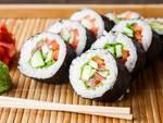piatto cucina giapponese sushi e sashimi