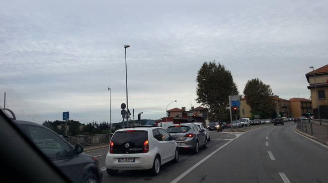 camerlata traffico mattinata chiusura del viadotto