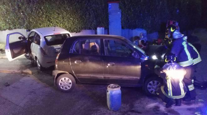 incidente auto tavernerio, scontro incrocio