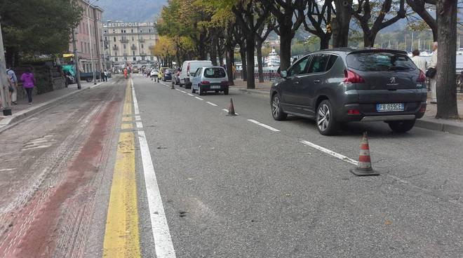 Lavori sul lungolago di Como, salta una corsia di marcia