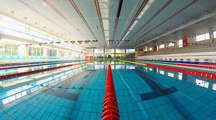 piscina olimpionica di muggiò resta chiusa per acqua fredda