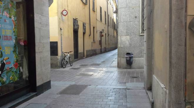 Presa diretta nel centro di Como: meno mendicanti ed abusivi