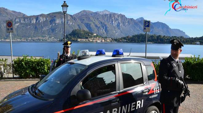 carabinieri di menaggio posto di blocco sul lago