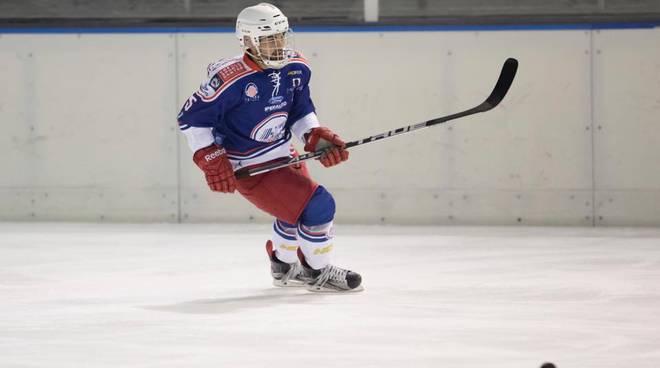 hockey como sconfitto trasferta di merano