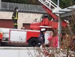 Incendio in via per San Fermo: le forze dell'ordine in posto