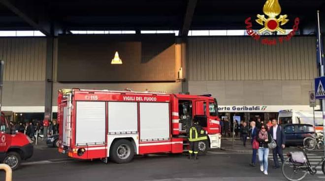 incidente stazione milano porta garibaldi pompieri