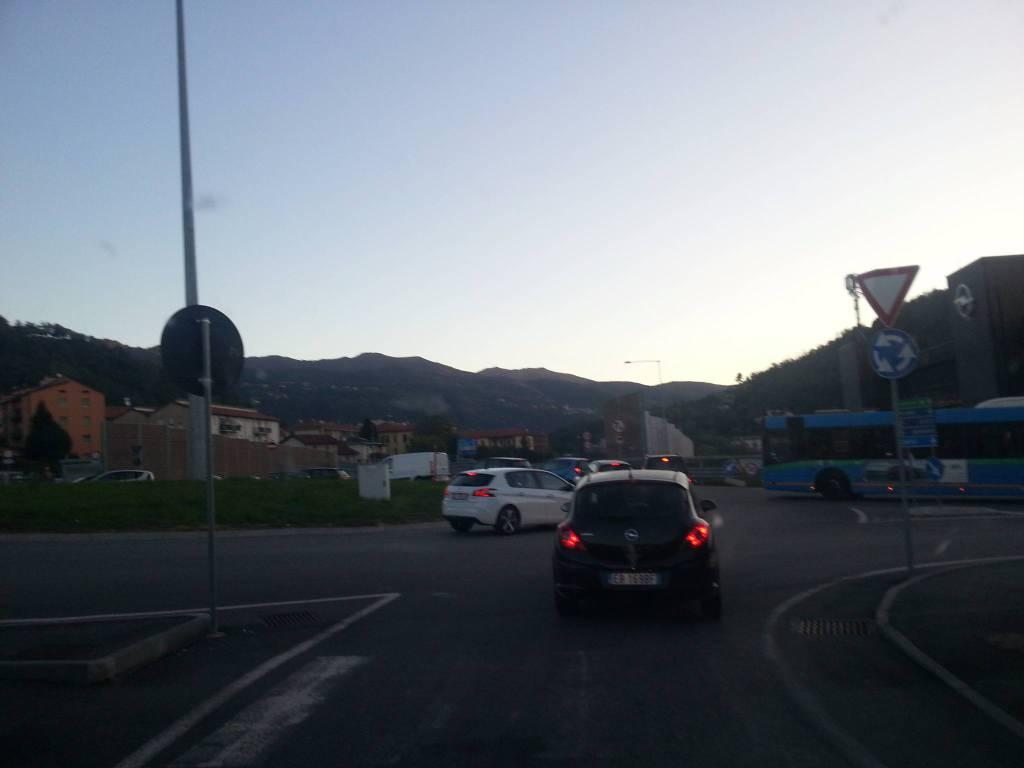 Viadotto dei Lavatoi, code per l'ingresso: rabbia e proteste