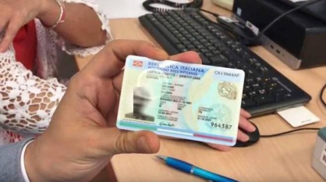 Ufficio Per Carta D Identità : Carta d identità elettronica anche ad augusta con un anno di