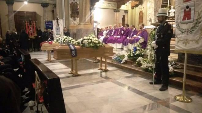 funerale ragazzi morti incidente a saronno, chiesa saronno