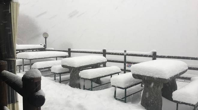 Nevicata sulle colline del comasco: la situazione