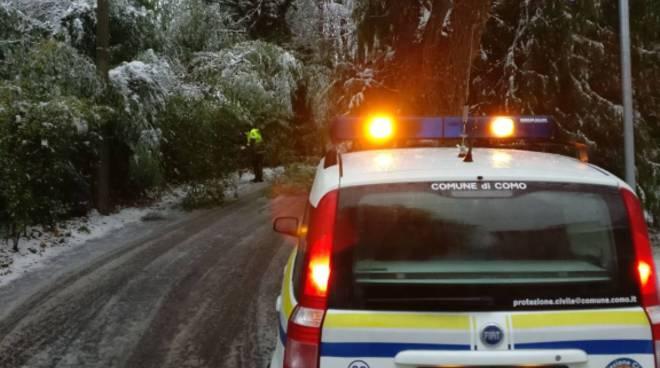 protezione civile di Como interventi per a neve
