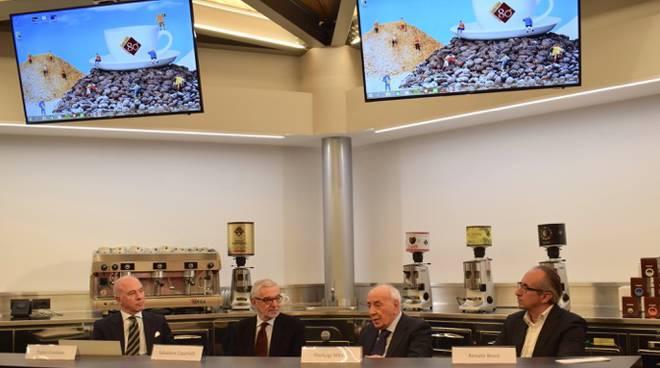 80 anni di caffè milani, chisura celebrazioni con carmen in azienda
