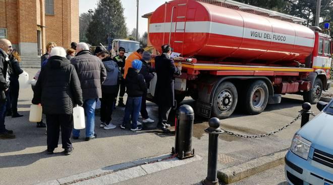 acqua autobotte pompieri emergenza idrica como