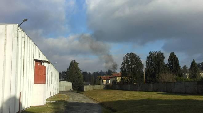 Emergenza chimica a Bulgarograsso dopo l'esplosione alla Ecvosfera