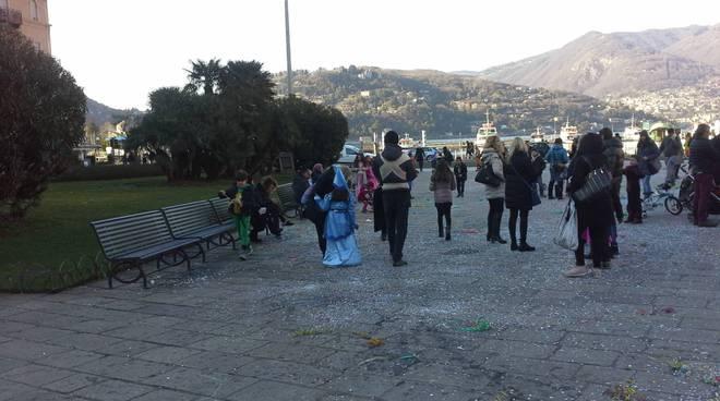Il Carnevale in piazza Cavour a Como: festa dei bambini