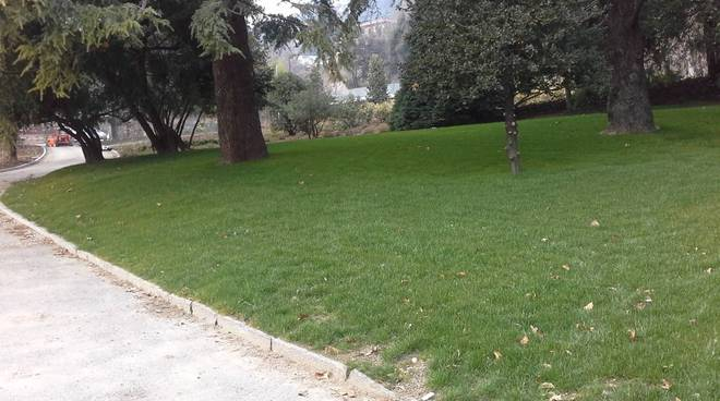 Il parco di Villa Olmo sta per riaprire: tra un mese via le transenne