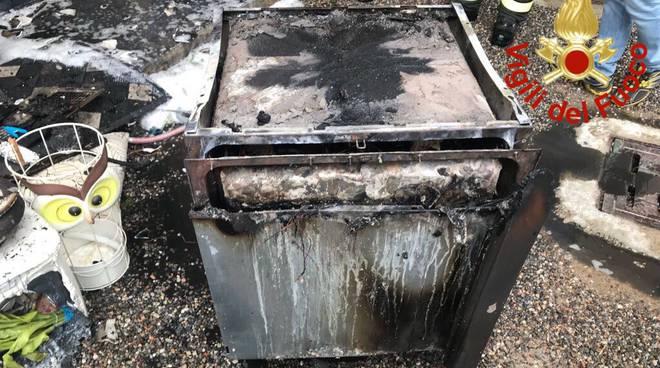 incendio cucina appartamento lomazzo pompieri