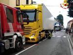 incidente malnate camion investe pensionati
