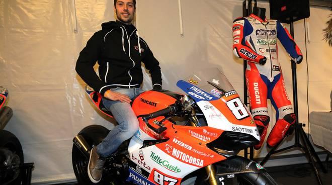 team motocorsa si presenta per la nuova stagione italiano superbike