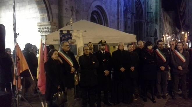 manifestazione contro le vittime delle mafie a como piazza duomo libera