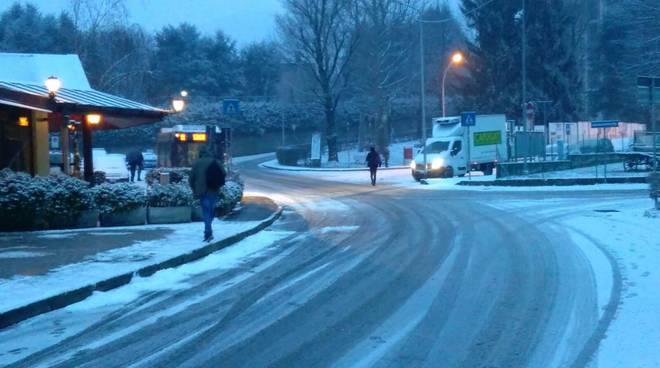 neve sulle strade di sagnino e como situazione