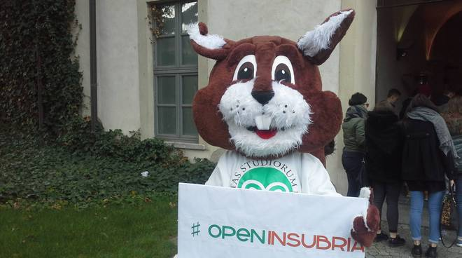 open day università dell'Insubria con i responsabili