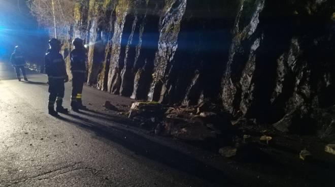 smottamento claino con osteno strada provinciale per porlezza