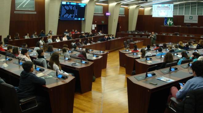 studenti consiglio regionale