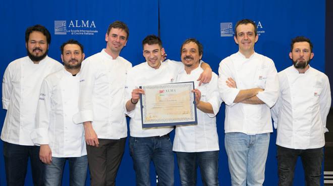 giovane di tavernerio diplomato scuola di cucina italiana alma