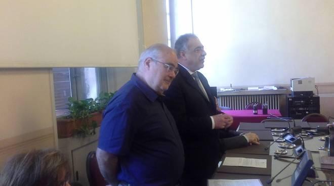presentazione in comuna a como accordo per recupero politeama sindaco e direttore conservatorio