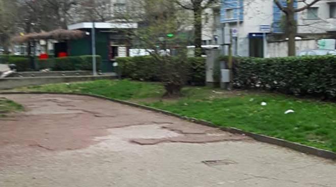 vostre segnalazioni a redazione: degrado giardini di viale varese a como