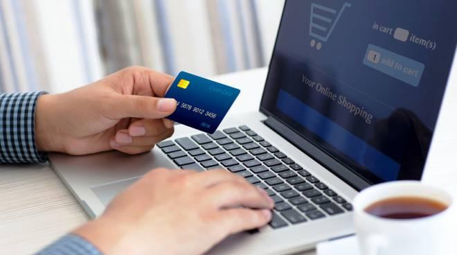 ecommerce online generica per articolo redazionale