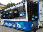 polizia in piazza cavour como una vita da social contro bullismo