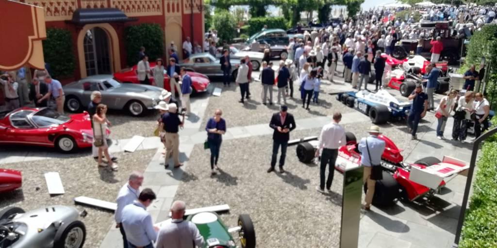 Villa d'Este e Villa Erba, il fascino delle auto storiche al tradizionale concorso