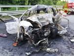 incidente stradale a turate, muore dopo schianto contro un camion auto distrutta