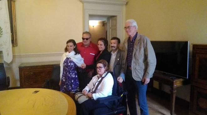 presentazione giornata fand a como per persone disabili con assessore locatelli