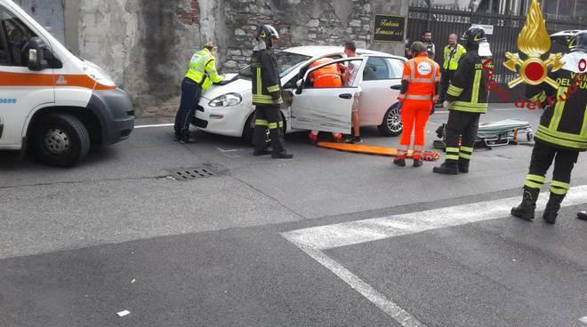 incidente tra auto a tavernola, via conciliazione