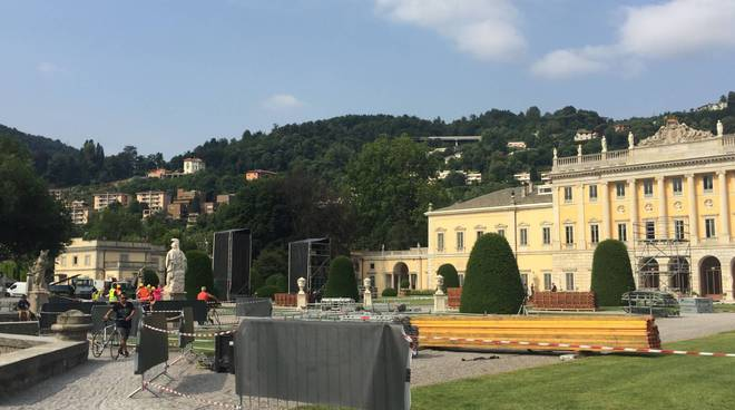 Preparativi a Villa Olmo