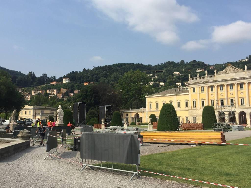 Preparativi per Dolce e Gabbana a Villa Olmo