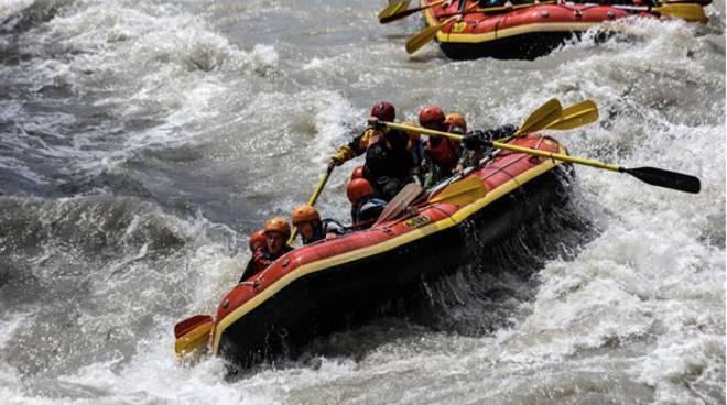 rafting in valle d'aosta incidente dora baltea, muore comasco
