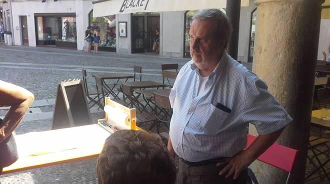 gerardo monizza presenta il filo della memoria piazza san fedele como per strage bologna