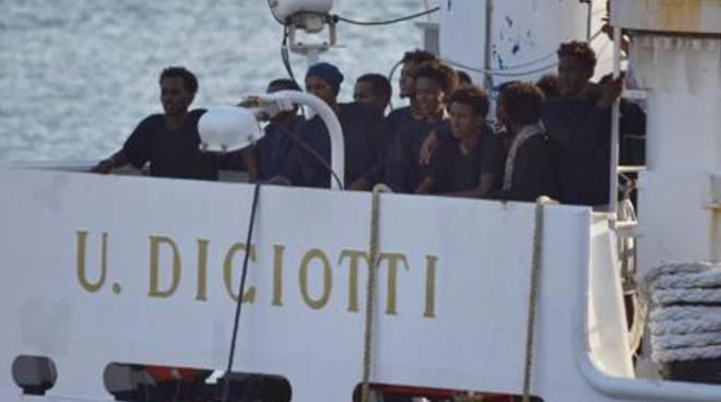 nave diciotti migranti in arrivo, caritas como li vuole ospitare