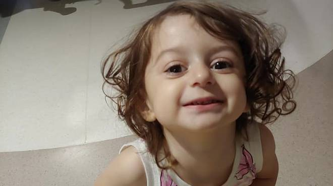 nicole operata in America al femore immagini di lei in ospedale dopo intervento