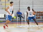 pallacanestro cantù primi allenamenti della stagione palestra ed a villa calvi