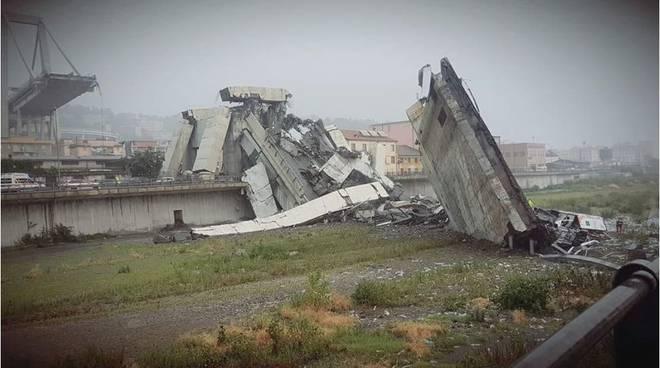 ponte crollato a genova, choc dei comaschi