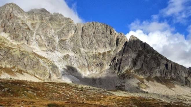 caduta in montagna, muore alpinista comasco val bedretto ticino
