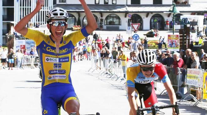 podio mondiali ciclismo juniores con canturino fancellu bronzo