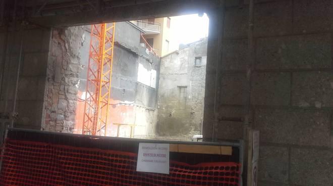 via diaz a como cantiere scavi ex teatro cressoni