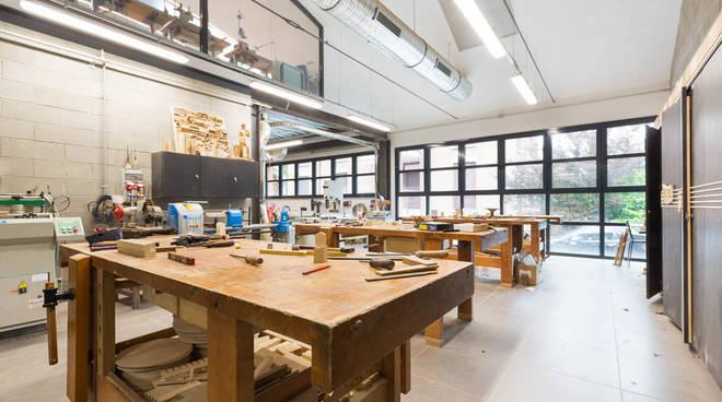 accademia del legno che banca