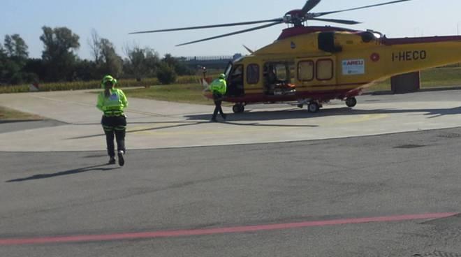 elicottero 118 pronto al decollo generiche soccorso elicottero